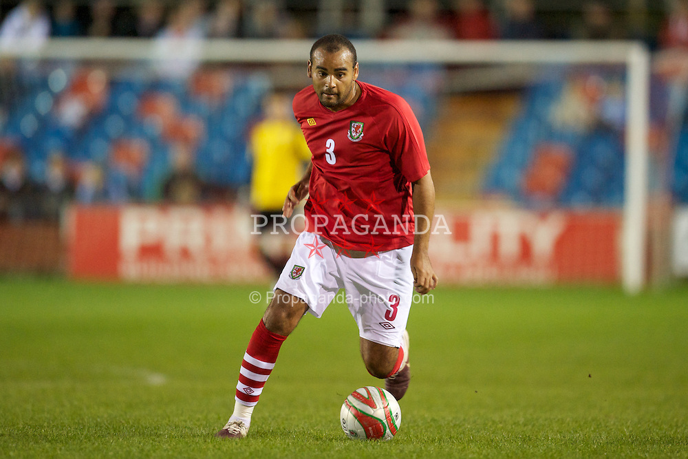 NEWTOWN, WALES - Tuesday, September 14, 2010: Wales' Curtis McDonald (Forest Green Rovers) in action against England during the Under-23 Semi-Pro International Friendly match at Latham Park. (Photo by David Rawcliffe/Propaganda)