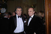 Arnaud Bamberger and Nicholas Coleridge. Conde Nast Traveller Tsunami Appeal dinner. Four Seasons  Hotel. Hamilton Place, London W1. 2 March 2005. ONE TIME USE ONLY - DO NOT ARCHIVE  © Copyright Photograph by Dafydd Jones 66 Stockwell Park Rd. London SW9 0DA Tel 020 7733 0108 www.dafjones.com
