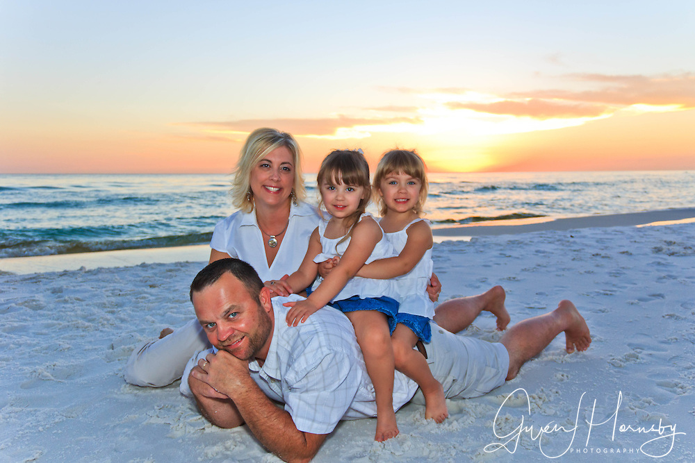 Family Beach Photos and Large Groups Beach Photographer and Photography in Florida, Destin, Panama City Beach, Santa Rosa Beach, Beaches of 30-A, Seaside, Okaloosa Island and Fort Walton Beach.