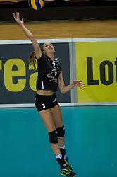 20-02-2016 NED: Coolen Alterno - Eurosped TVT, Almere<br /> Eurosped wint met 3-2 van Alterno en speelt morgen de finale / Kathy Bonsen #3 of Alterno