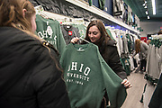 Siblings shop at College Bookstore during Sibs Weekend 2019. Photo by Hannah Ruhoff