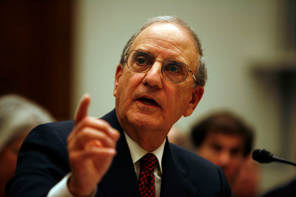 Washington, Jan 15, 2008 - Former Sen. George Mitchell's testifies before the House Oversight and Government Reform Committee's hearing on the Mitchell Report and steroids in professional baseball in Washington on  Tuesday, Jan. 15, 2008.