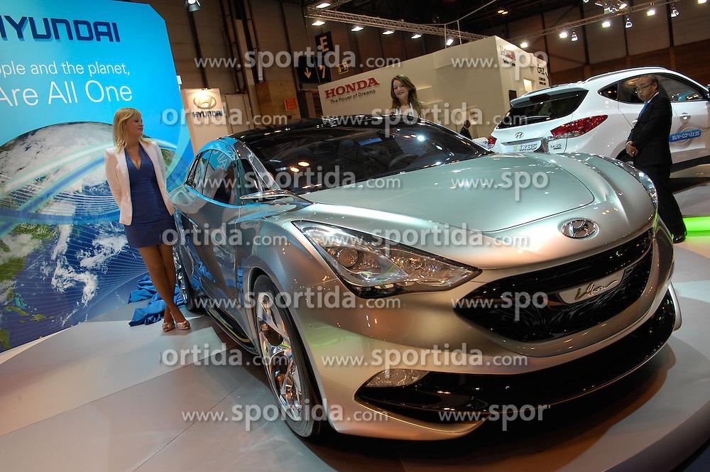 MADRID, Spain (20/05/10).- IFEMA. Salon del vehiculo ecologico. Presentacion mundial del Hyundai i-flow...MADRID, Spain (20/05/10).- International Motor Ecological Madrid. The world premiere presentation of Hyundai i-flow...PHOTO: Raul Perez / ALFAQUI. / SPORTIDA PHOTO AGENCY