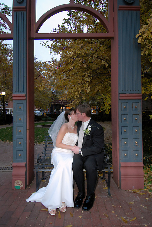 The wedding of Jen and Alex, Saturday, Nov. 4, 2006 at Riverbend Winery in Louisville, Ky. (Photo by Brian Bohannon).