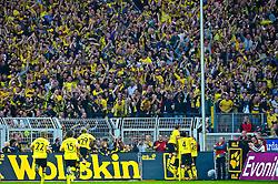 03.10.2010, Signal Iduna Park, Dortmund, GER, 1.FBL, Borussia Dortmund vs Bayern Muenchen im Bild  Jubel 1:0 durch Lucas Barrios ( Dortmund #18 )   EXPA Pictures © 2010, PhotoCredit: EXPA/ nph/  Kokenge+++++ ATTENTION - OUT OF GER +++++