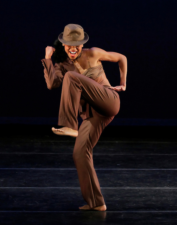 Linda Celeste Sims in The Evolution Of A Sacred Feminine.Alvin Ailey American Dance Theater.Choreography by Camille A Brown.Credit photo: ©Paul Kolnik.paul@paulkolnik.com.nyc  212-362-7778