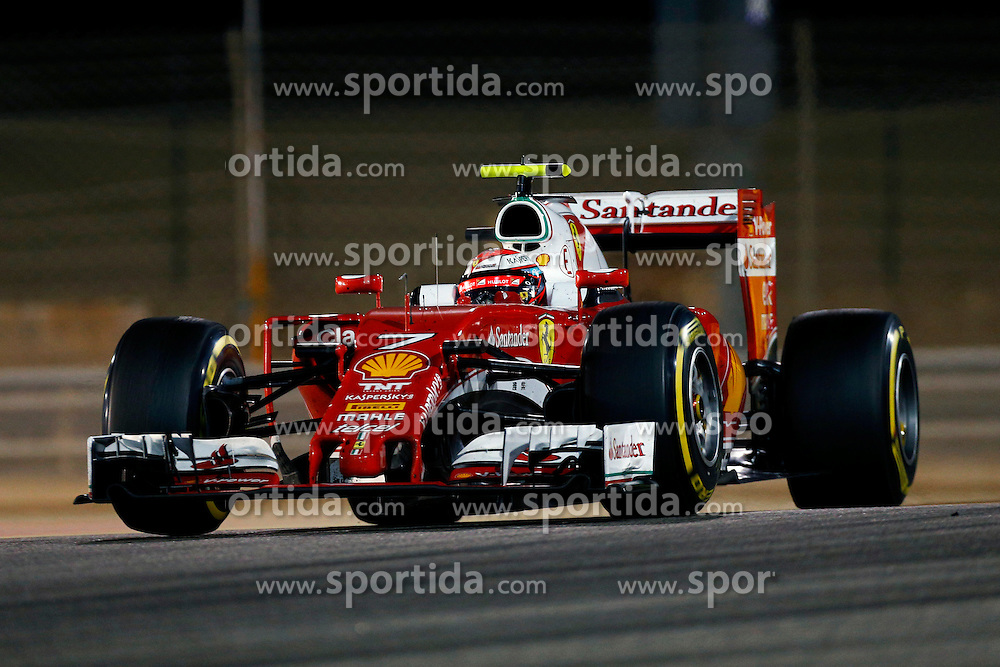 03.04.2016, International Circuit, Sakhir, BHR, FIA, Formel 1, Grand Prix von Bahrain, Rennen, im Bild Kimi Raikkonen (FIN) Ferrari SF16-H // during Race for the FIA Formula One Grand Prix of Bahrain at the International Circuit in Sakhir, Bahrain on 2016/04/03. EXPA Pictures &copy; 2016, PhotoCredit: EXPA/ Sutton Images/ Martini/<br /> <br /> *****ATTENTION - for AUT, SLO, CRO, SRB, BIH, MAZ only*****