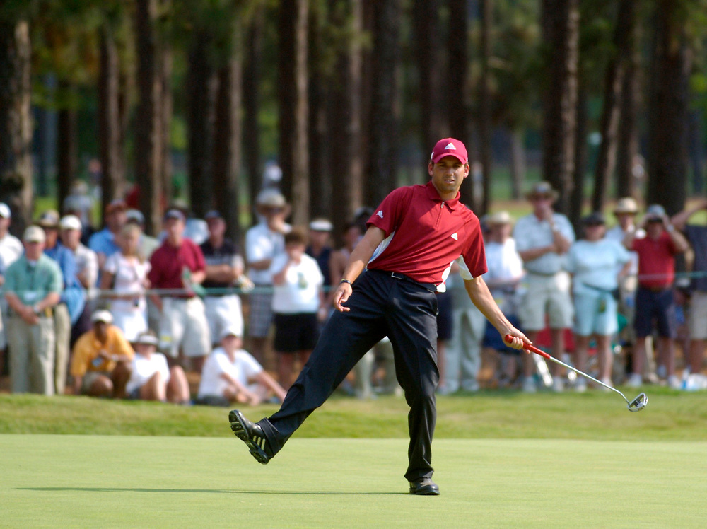 PINEHURST, NORTH CAROLINA - JUNE 18, 2005<br /> Sergio GARCIA during the 3rd Round of the 2005 U.S. Open Championship, held at Pinehurst No.2 in the Village of Pinehurst, North Carolina.