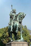 Reiterstatue Baudouin de Constantinople, Mons, Hennegau, Wallonie, Belgien, Europa | equestrian statue Baudouin de Constantinople, Mons, Hennegau, Wallonie, Belgium, Europe