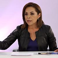 Toluca, México (Mayo 09, 2017).- Josefina Vázquez Mota, Candidata del PAN a la gubernatura del Edo Mex, durante el segundo debate en las instalaciones del IEEM. Agencia MVT / Especial IEEM.