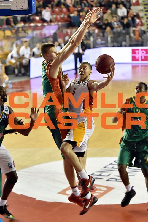DESCRIZIONE : Roma Eurocup 2014/15 Acea Roma Baloncesto Seville<br /> GIOCATORE : Brandon Triche<br /> CATEGORIA : tiro<br /> SQUADRA : Acea Roma<br /> EVENTO : Eurocup 2014/15<br /> GARA : Acea Roma Baloncesto Seville<br /> DATA : 29/10/2014<br /> SPORT : Pallacanestro <br /> AUTORE : Agenzia Ciamillo-Castoria /GiulioCiamillo<br /> Galleria : Acea Roma Baloncesto Seville<br /> Fotonotizia : Roma Eurocup 2014/15 Acea Roma Baloncesto Seville<br /> Predefinita :