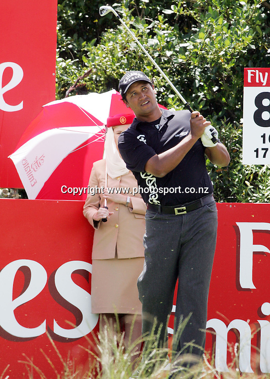 Michael Campbell (NZL) tees off on day two of the Blue Chip New Zealand Golf Open at Gulf Harbour, Whangaparoa, New Zealand on Friday 1 December 2006. Photo: Hannah Johnston/PHOTOSPORT *FREE FOR EDITORIAL USE*<br /> <br /> <br /> <br /> 011206