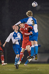 BRISTOL, ENGLAND - Thursday, January 15, 2009: Liverpool's Lauri Dalla Valle in action against Bristol Rovers' Mark Cooper during the FA Youth Cup match at the Memorial Stadium. (Mandatory credit: David Rawcliffe/Propaganda)
