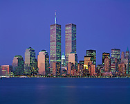 Twin Towers of the World Trade Center, designed by Minoru Yamasaki, Hudson River, Manhattan, New York City, New York, USA, Dusk