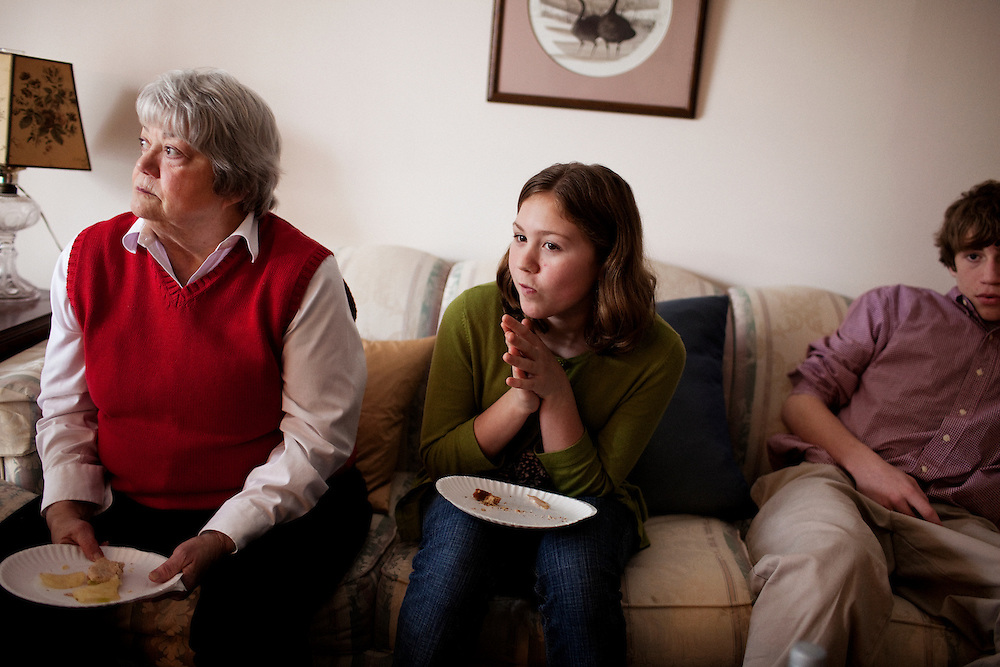 Linda Groeber, 67, sits on the sofa while eating lunch with her grandchildren Evan Brown, 13, Annie Brown, 9 in her Lutherville-Timonium, Maryland home on Wednesday, January 13, 2010. As she ages Linda has relied more on her daughters Tracey Brown and Annie Groeber to help with day-to-day tasks.