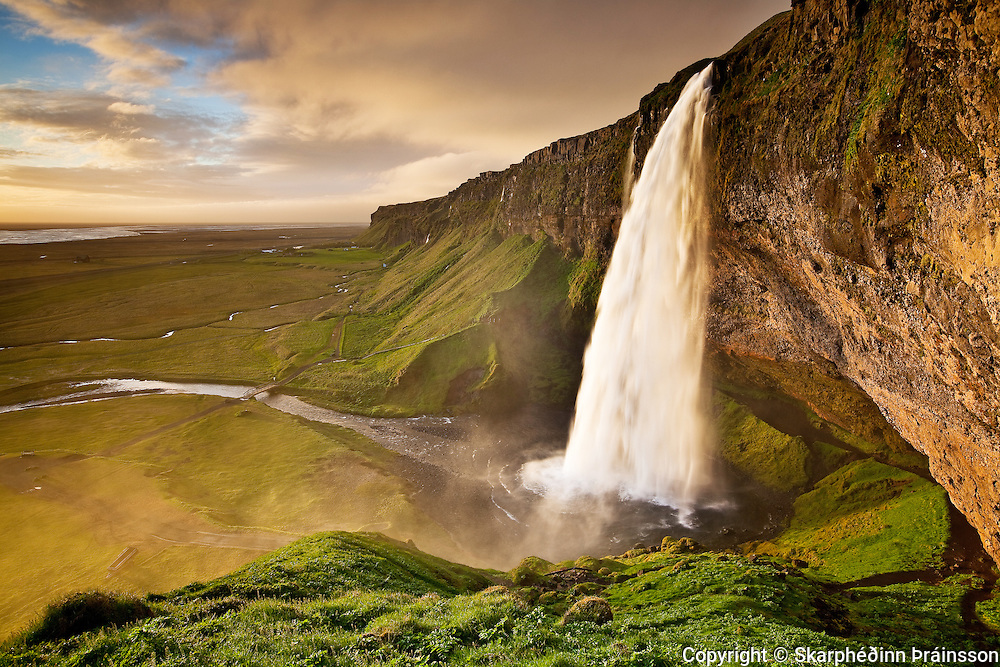 Seljalandsfoss, south Iceland