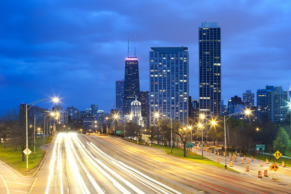Traffic on Lake Shore Drive, Chicago, Illinois, USA