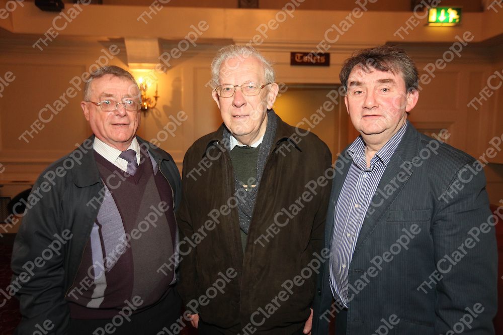 Michael Brennan, Jackie Browne and Larry Brennan pictured at the launch of Steeles Terrace in the Old Ground Hotel Ennis on Thursday.<br /> Pic. Brian Arthur/ Press 22.
