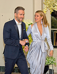 Actor Ryan Reynolds, left, and Actress Blake Lively, right, arrive for the State Dinner in honor of Prime Minister Trudeau and Mrs. Sophie Grégoire Trudeau of Canada at the White House in Washington, DC on Thursday, March 10, 2016. EXPA Pictures © 2016, PhotoCredit: EXPA/ Photoshot/ Ron Sachs<br /> <br /> *****ATTENTION - for AUT, SLO, CRO, SRB, BIH, MAZ, SUI only*****
