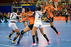 27-09-2017 NED: EK kwalificatie Nederland - Wit Rusland, Eindhoven<br /> De Nederlandse handbalsters hebben de eerste kwalificatiewedstrijd voor het EK 2018 gewonnen. Wit-Rusland werd in Eindhoven met 33-21 aan de kant gezet. <br /> Lois Abbingh #8
