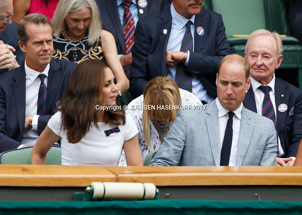 Wimbledon Feature, Herren Endspiel, Finale, Prinz William und Ehefrau Catherine, Herzogin von Cambridge in der Ehrenloge,Royal Box,Siegerehrung, Praesentation,<br /> <br /> Tennis - Wimbledon 2017 - Grand Slam ITF / ATP / WTA -  AELTC - London -  - Great Britain  - 16 July 2017.