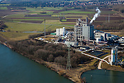 Nederland, Limburg, Gemeente Leudal, 07-03-2010; rivier de Maas in de omgeving van Buggenum. Willem-Alexander Centrale van Nuon, stoom- en gascentrale die werkt op kolenvergassing (ook vergassing biomassa). Vroegere lokatie  Maascentrale.   .River Meuse near Buggenum. Willem-Alexander Centrale (Nuon), steam-cycle plant operating on coal gasification (including biomass gasification)..luchtfoto (toeslag), aerial photo (additional fee required);.foto/photo Siebe Swart
