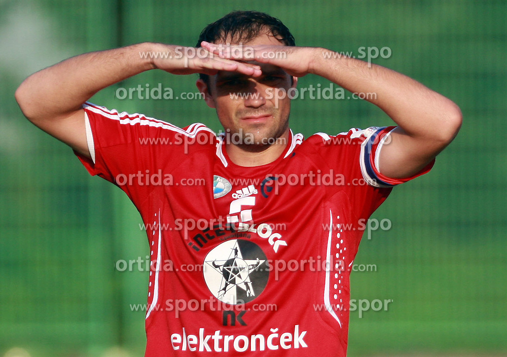 Igor Lazic (5) of Interblock at 7th Round of PrvaLiga Telekom Slovenije between NK Interblock vs NK Nafta Lendava, on September , 2008, in ZAK stadium in Ljubljana, Slovenia. Interblock won the match 3:1. (Photo by Vid Ponikvar / Sportal Images)