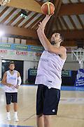 DESCRIZIONE : Bormio Raduno Collegiale Nazionale Maschile Allenamento<br /> GIOCATORE : Luca Garri<br /> SQUADRA : Nazionale Italia Uomini Italy <br /> EVENTO : Raduno Collegiale Nazionale Maschile <br /> GARA : Italia Italy  <br /> DATA : 07/07/2009 <br /> CATEGORIA : tiro<br /> SPORT : Pallacanestro <br /> AUTORE : Agenzia Ciamillo-Castoria/G.Ciamillo