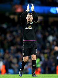 Thomas Heaton of Burnley applauds the fans - Mandatory by-line: Matt McNulty/JMP - 02/01/2017 - FOOTBALL - Etihad Stadium - Manchester, England - Manchester City v Burnley - Premier League
