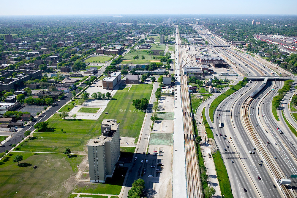 Chicago - Dan Ryan Expressway - Robert Taylor Homes