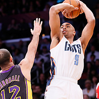 31 January 2014: Charlotte Bobcats shooting guard Gerald Henderson (9) takes a jumpshot over Los Angeles Lakers point guard Kendall Marshall (12) during the Charlotte Bobcats 110-100 victory over the Los Angeles Lakers at the Staples Center, Los Angeles, California, USA.