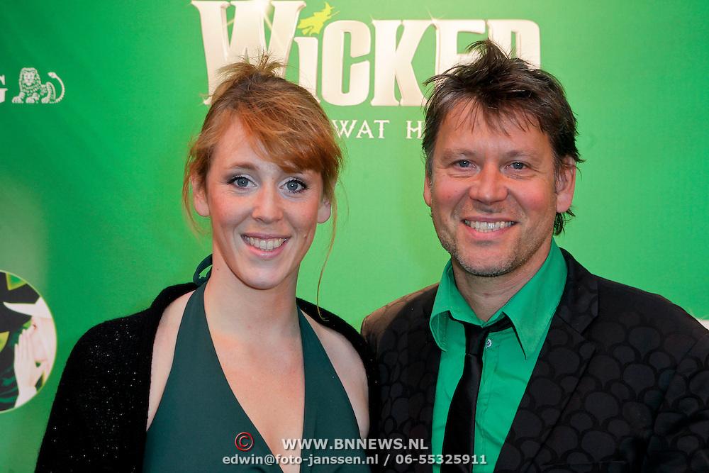 NLD/Scheveningen/20111106 - Premiere musical Wicked, Erik van der Hoff en Femke Bouwma