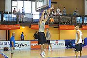 DESCRIZIONE : Folgaria Allenamento Raduno Collegiale  Nazionale Italia Maschile <br /> GIOCATORE : Angelo Gigli<br /> CATEGORIA : schiacciata<br /> SQUADRA : Nazionale Italia <br /> EVENTO :  Allenamento Raduno Folgaria<br /> GARA : Allenamento<br /> DATA : 18/07/2012 <br />  SPORT : Pallacanestro<br />  AUTORE : Agenzia Ciamillo-Castoria/GiulioCiamillo<br />  Galleria : FIP Nazionali 2012<br />  Fotonotizia : Folgaria Allenamento Raduno Collegiale  Nazionale Italia Maschile <br />  Predefinita :