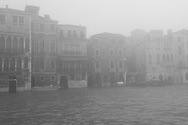 Italy. Venice. fog day on Grand canal -Grand Canal  Venice - Italy  / brume  sur le grand canal  Venise - Italie