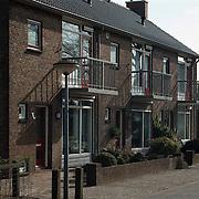 Woningen Crocusstraat Huizen waar na een inval 44 kilo heroine gevonden werd
