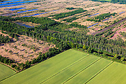 Nederland, Noord-Brabant, Gemeente Deurne, 27-05-2013; Deurnsche Peel, tussen Griendtsveen en Helenaveen. Het Kanaal van Deurne diagonaal en door bomen omzoomd. Linksonder landbouwgrond Siberie - ontgonnen veen.<br /> Remainders of (reclaimed) peatland and bog, known as the Peel.<br /> luchtfoto (toeslag op standard tarieven)<br /> aerial photo (additional fee required)<br /> copyright foto/photo Siebe Swart