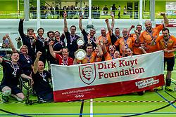 28-04-2018 NED: NK Zitvolleybal, Koog aan de Zaan<br /> BVC Holyoke wint de finale van het NK zitvolleybal met 3-1 van V.a.s. F.D.S uit Sneek. / Feest bij Holyoke en Sneek