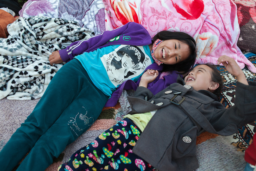 Chimi Lama (8,f), Thashi Yanjim Lama (12,f). Sisters.