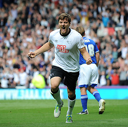 Derby County's Chris Martin celebrates his goal. - Photo mandatory by-line: Dougie Allward/JMP - Mobile: 07966 386802 30/08/2014 - SPORT - FOOTBALL - Derby - iPro Stadium - Derby County v Ipswich Town - Sky Bet Championship