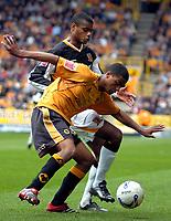 Photo: Ed Godden/Sportsbeat Images.<br /> Wolverhampton Wanderers v Hull City. Coca Cola Championship. 09/04/2007. Hull's Ricardo Vaz Te and Wolves' Mark Little battle for the ball.