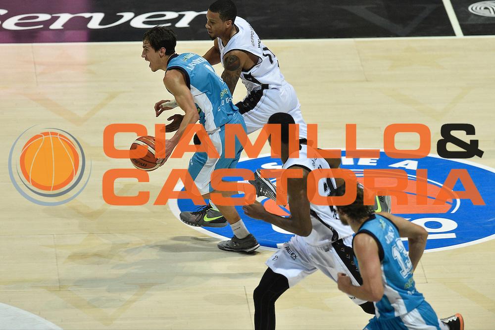 DESCRIZIONE : Bologna Lega A 2015-16 Obiettivo Lavoro Bologna Betaland Capo D&rsquo;Orlando<br /> GIOCATORE : Tommaso Laquintana<br /> CATEGORIA : contropiede sequenza<br /> SQUADRA : Betaland Capo D&rsquo;Orlando<br /> EVENTO : Campionato Lega A 2015-2016<br /> GARA : Obiettivo Lavoro Bologna Betaland Capo D&rsquo;Orlando<br /> DATA : 18/10/2015<br /> SPORT : Pallacanestro <br /> AUTORE : Agenzia Ciamillo-Castoria/GiulioCiamillo<br /> Galleria : Lega Basket A 2015-2016<br /> Fotonotizia : Bologna Lega A 2015-16 Obiettivo Lavoro Bologna Betaland Capo D&rsquo;Orlando