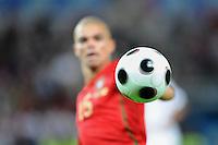 FUSSBALL EUROPAMEISTERSCHAFT 2008 Portugal - Tuerkei    07.06.2008 Euro Ball