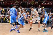 DESCRIZIONE : Milano BEKO Final Eigth  2016<br /> Vanoli Cremona - Dinamo Banco di Sardegna Sassari<br /> GIOCATORE : Rok Stipcevic<br /> CATEGORIA :  Palleggio Penetrazione Blocco Controcampo<br /> SQUADRA : Dinamo Banco di Sardegna Sassari<br /> EVENTO : BEKO Final Eight 2016<br /> GARA : Vanoli Cremona - Dinamo Banco di Sardegna Sassari<br /> DATA : 19/02/2016<br /> SPORT : Pallacanestro<br /> AUTORE : Agenzia Ciamillo-Castoria/M.Longo<br /> Galleria : Lega Basket A 2016<br /> Fotonotizia : Milano Final Eight  2015-16 Vanoli Cremona - Dinamo Banco di Sardegna Sassari<br /> Predefinita :