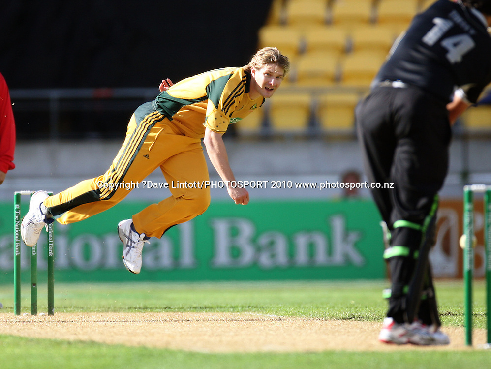 Australia's Shane Watson bowls to Daryl Tuffey.<br /> Fifth Chappell-Hadlee Trophy one-day international cricket match - New Zealand v Australia at Westpac Stadium, Wellington. Saturday, 13 March 2010. Photo: Dave Lintott/PHOTOSPORT