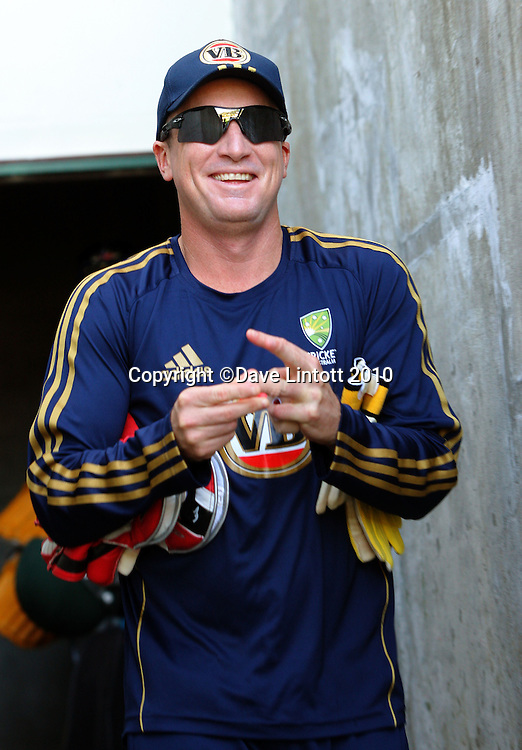 Brad Haddin.<br /> Australian cricket training at Allied Prime Basin Reserve, Wellington. Tuesday, 16 March 2010. Photo: Dave Lintott/PHOTOSPORT