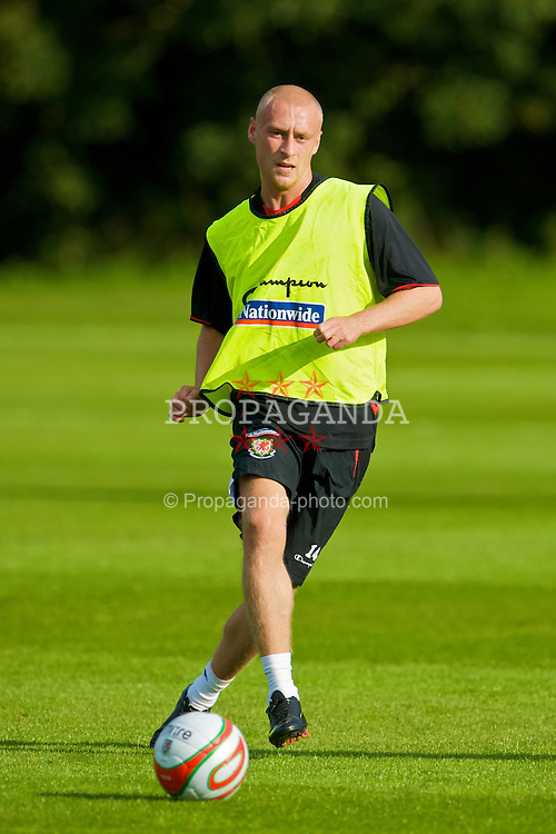 CARDIFF, WALES - Sunday, September 6, 2009: Wales' David Cotterill training at the Vale of Glamorgan Hotel ahead of the FIFA World Cup Qualifying Group 3 match against Russia. (Pic by David Rawcliffe/Propaganda)