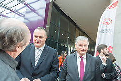 18.03.2017, Stadthalle Graz, Graz, AUT, Special Olympics 2017, im Bild Bundesminister für Landesverteidigung und Sport Hans Peter Doskozi, Sozialminister Alois Stoeger // Austrian Minister of Defence and Sport Hans Peter Doskozil, social minister Alois Stoeger during the Special Olympics 2017 at the City Hall Graz, Austria on 2017/03/18, EXPA Pictures © 2017, PhotoCredit: EXPA/ Dominik Angerer