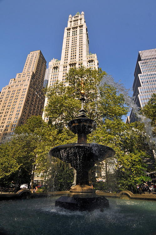 Jacob Wrey Mould Fountain at City Hall Park and the Woolworth Building, Manhattan, New York City, New York, USA, designed by Cass Gilbert