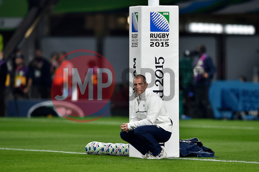 England Attack coach Mike Catt looks on during the pre-match warm-up - Mandatory byline: Patrick Khachfe/JMP - 07966 386802 - 03/10/2015 - RUGBY UNION - Twickenham Stadium - London, England - England v Australia - Rugby World Cup 2015 Pool A.