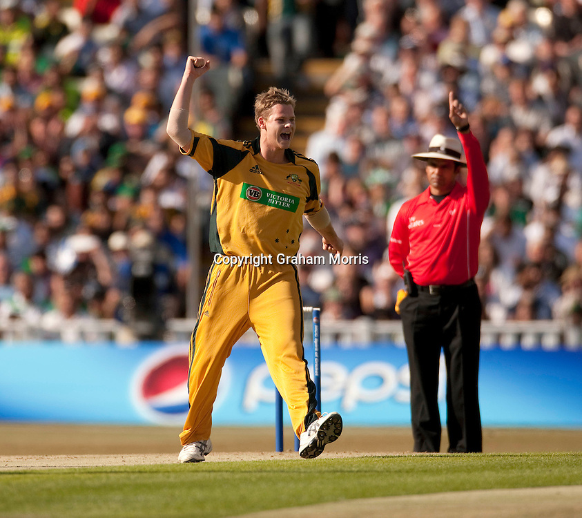 Bowler Steve Smith celebrates Shahid Afridi out for nought during the first International T20 match between Australia and Pakistan at Edgbaston, Birmingham.  Photo: Graham Morris (Tel: +44(0)20 8969 4192 Email: sales@cricketpix.com) 05/07/10